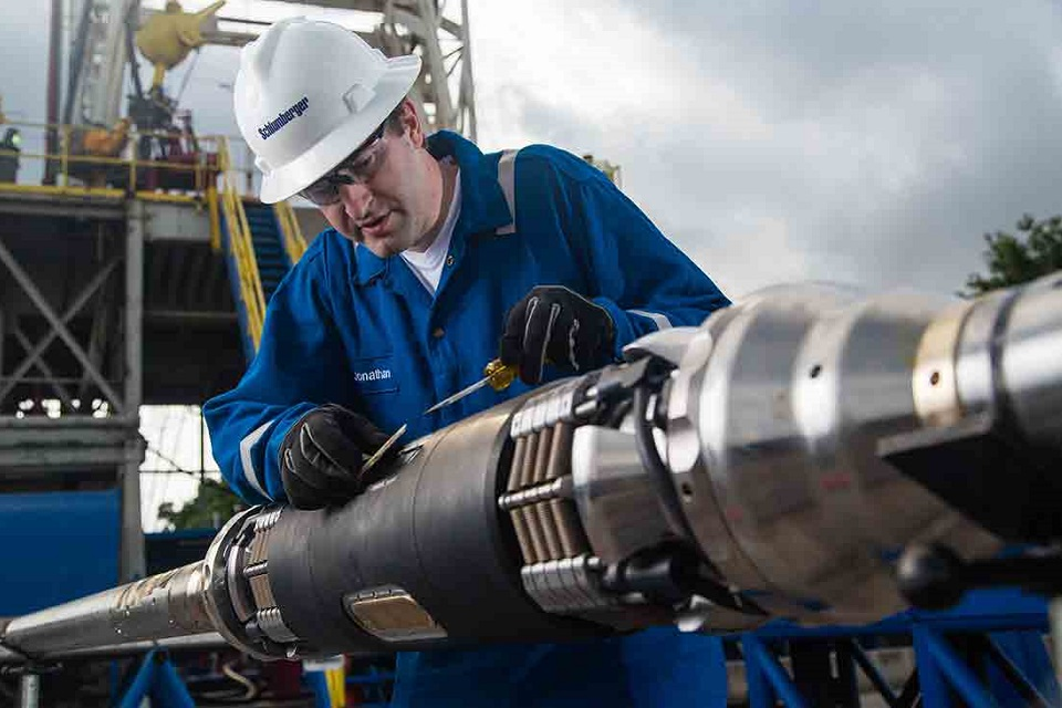 Safety Tips For Wireline Workers